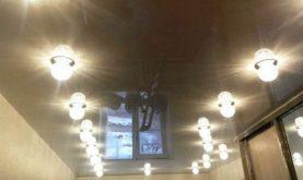 Одноуровневые натяжные потолки