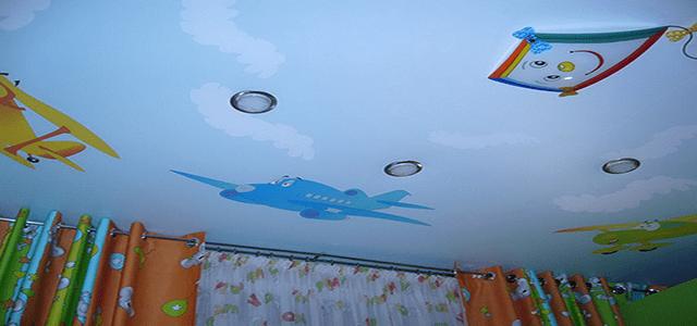 Натяжные потолки в детской
