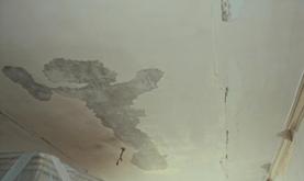 Что лучше натяжной потолок или побелка?
